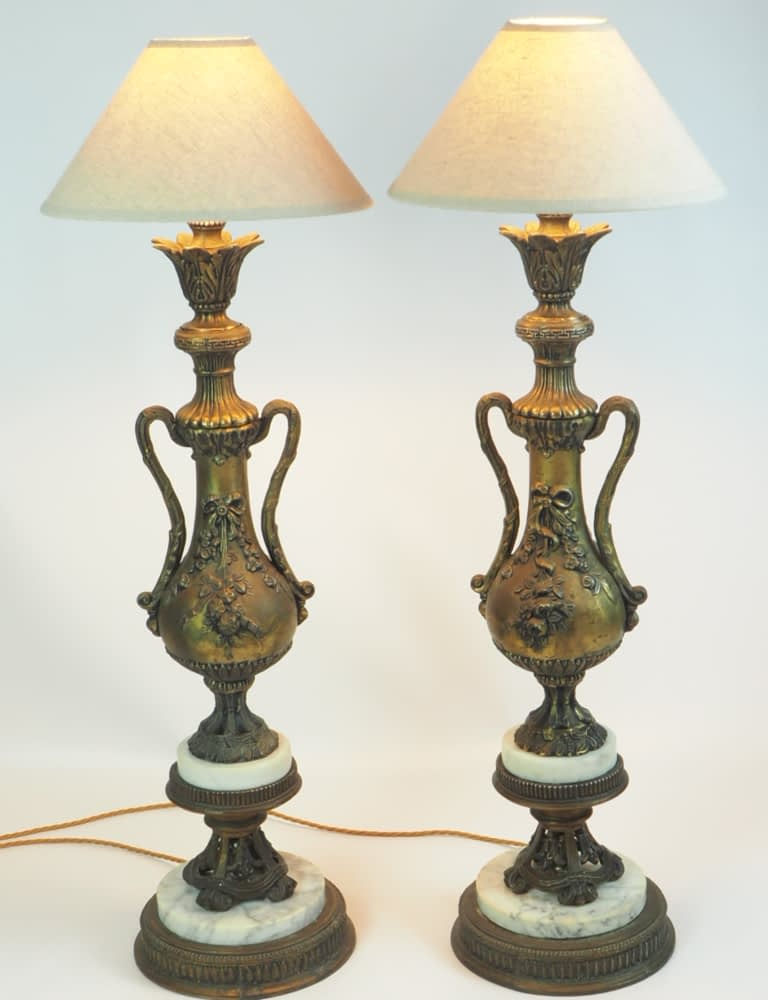 Antique Pair of Tall Neoclassical Italian Gilded Metal and Marble Floral Table Lamps