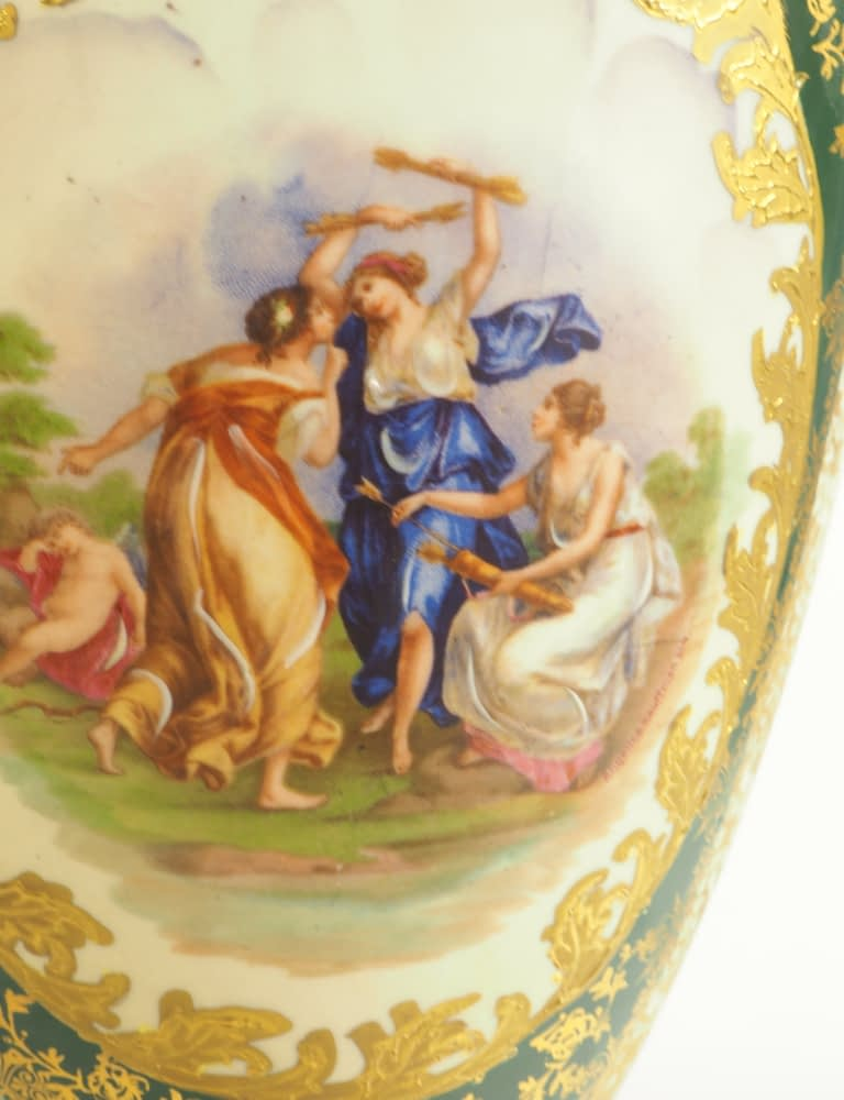 Antique Hand painted Limoge Porcelain Lamp with Artwork by Angelica Kauffmann (1880 - 1920)